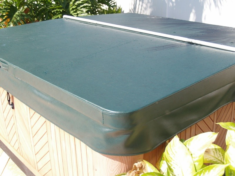 Strongest Hot Tub Covers: 5&quot;-3&quot; Tapered with 2.0# Cores - R22.04
