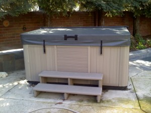 "DELUXE 5"" tapering to 3"" Hot Tub Cover 2.0# (R22-R32)"
